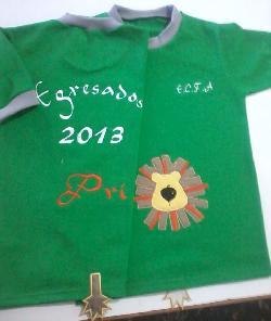 FABRICA DE CHOMBA DE EGRESADOS RAYADA Fabrica de uniformes escolares
