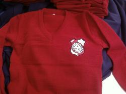 FABRICA DE UNIFORMES ESCOLARES sweaters con logo bordado Fabrica de uniformes escolares